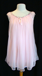 vintage 1960's nightgown