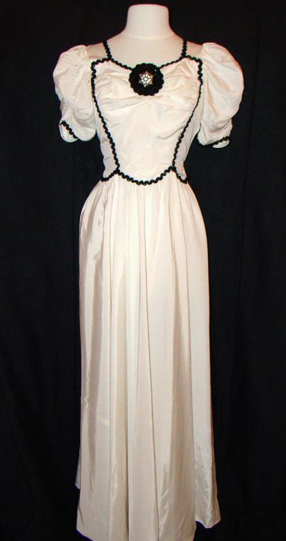 proper vintage clothing vintage dress white 1940 s dress